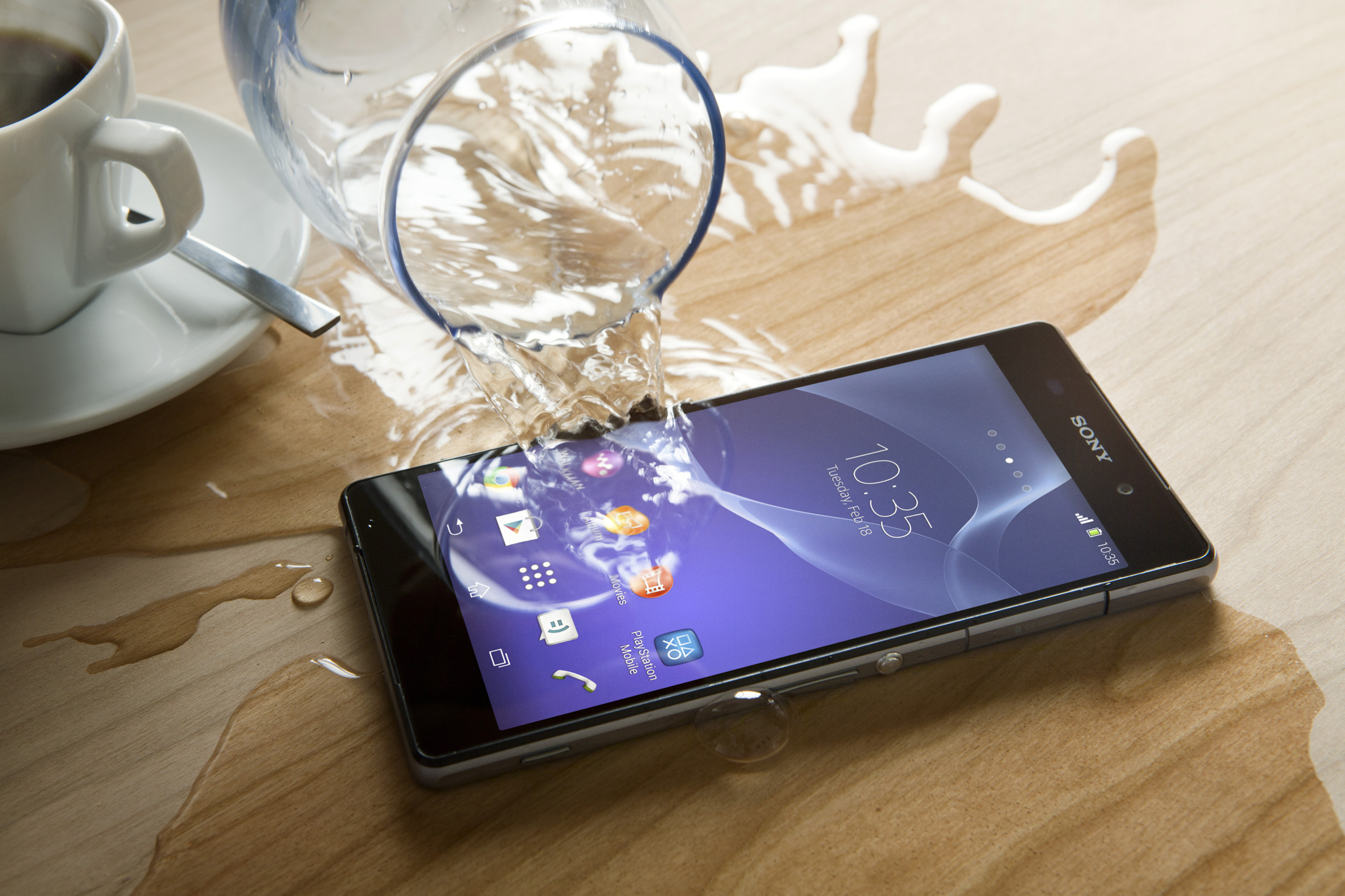 Sony Xperia Z2 Now Available In the US For $699.99